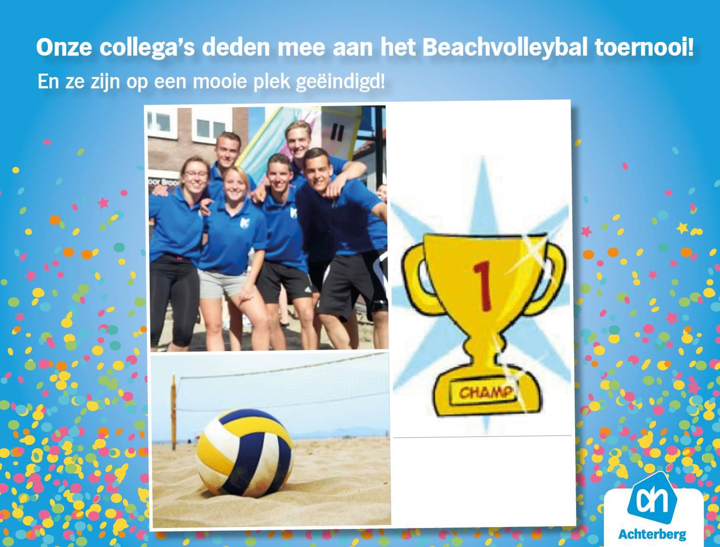 Mooie plek voor onze collega's bij het Beachvolleybal toernooi